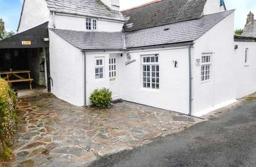 Last Minute Cottages - Cosy Trewint Cottage S49893