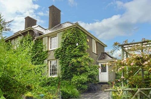 Last Minute Cottages - Artist's Cottage