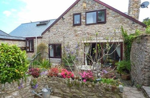 Last Minute Cottages - Inviting Galmpton Cottage S50365