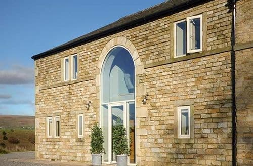 Last Minute Cottages - Beautiful Rochdale Cottage S73811