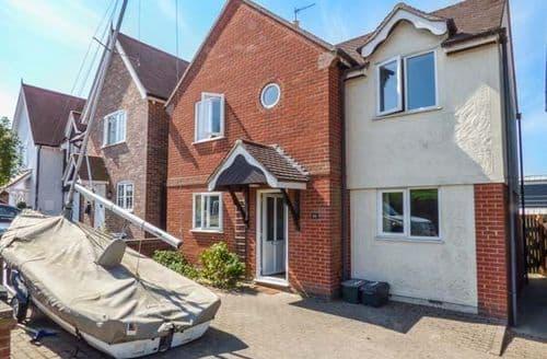 Big Cottages - Quaint West Mersea Cottage S72129
