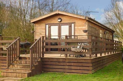 Last Minute Cottages - Tasteful Tattershall Lodge S71476