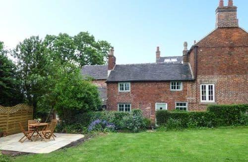Big Cottages - Fallowfields Cottage