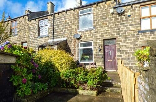 Last Minute Cottages - Captivating Keighley Cottage S72922