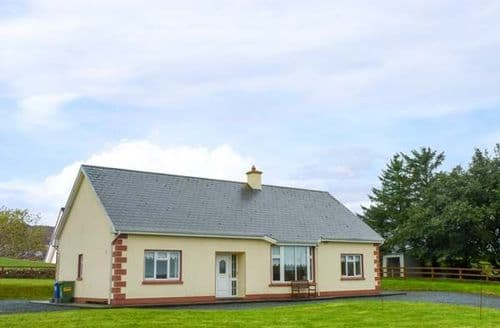 Last Minute Cottages - Caherminane Cottage