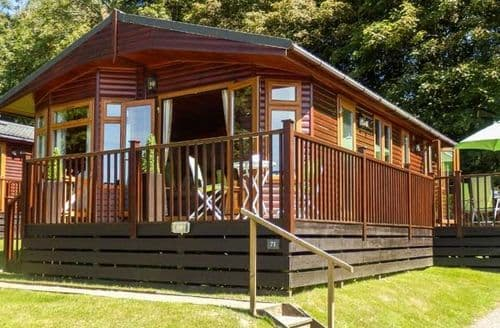 Last Minute Cottages - Stunning Helstone Lodge S77025