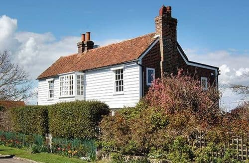 Big Cottages - Beautiful Winchelsea Cottage S77113