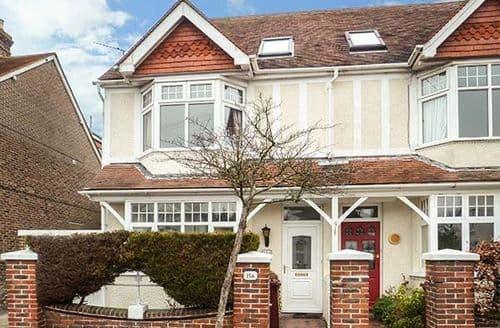 Big Cottages - Captivating Chichester Cottage S77426