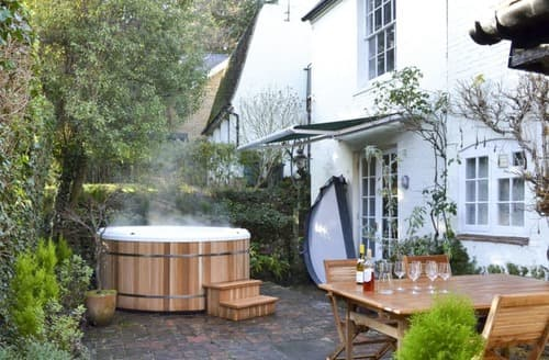 Last Minute Cottages - Coppice Hill House
