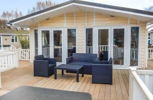 Last Minute Cottages - Delightful Tattershall Lodge S44149