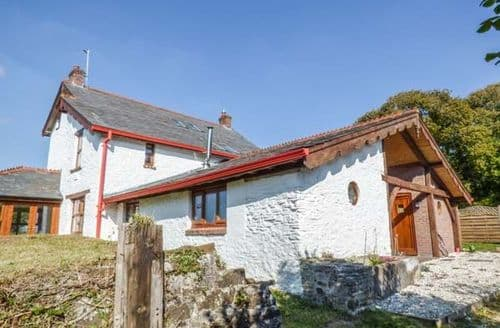 Big Cottages - Tasteful Burry Port Cottage S45025