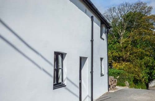 Last Minute Cottages - Stunning Ilfracombe Apartment S56454