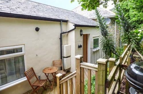 Last Minute Cottages - Exquisite Ventnor Apartment S59137