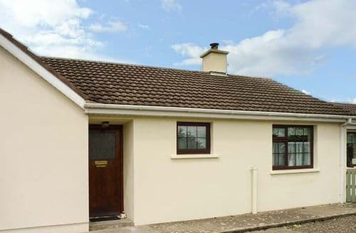 Last Minute Cottages - Home from Home at Middlequarter