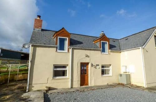 Last Minute Cottages - Superb Llanteg Cottage S73257