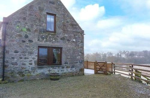 Last Minute Cottages - Cosy Huntly Cottage S78135