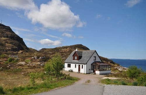 Big Cottages - Beautiful Ullapool House S7380