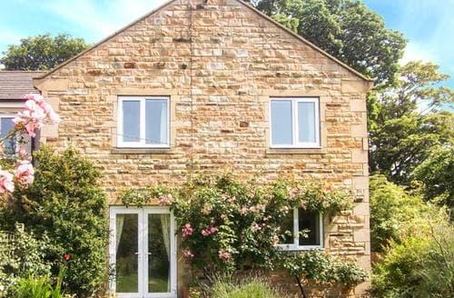 Last Minute Cottages - 1 Mowbray Court