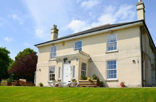 Big Cottages - Exquisite Looe House S8048