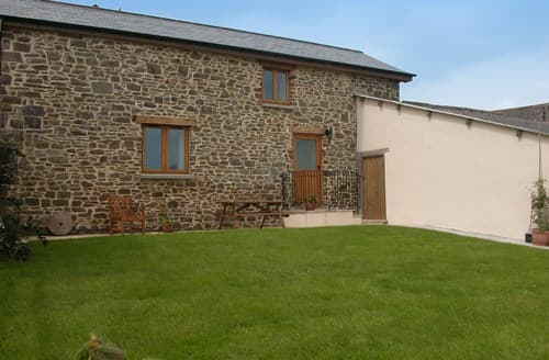 Big Cottages - Cosy Crediton Barn S8137