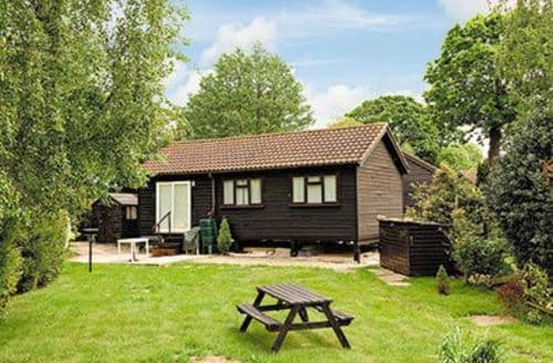 Last Minute Cottages - Quaint Horning Cottage S17388