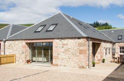 Big Cottages - Inviting Kirriemuir Barn S9713