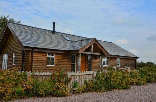 Big Cottages - Cosy Tarporley Log Cabin S25263