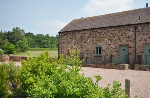 Big Cottages - Quaint Shrewsbury Barn S43628