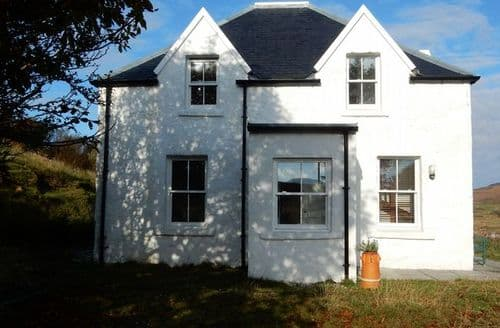 Last Minute Cottages - Splendid Isle Of Skye House S41209