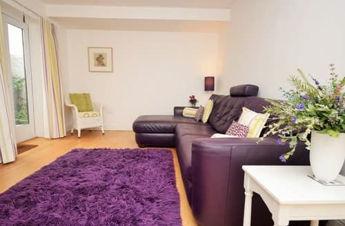 Last Minute Cottages - Adorable Bude House S43480