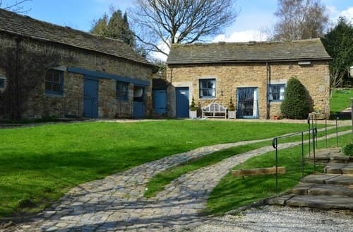 Last Minute Cottages - Captivating Dronfield Barn S56519