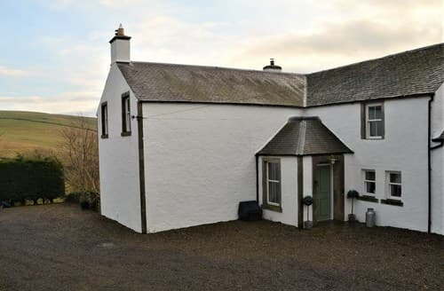 Last Minute Cottages - Attractive Heriot House S73125