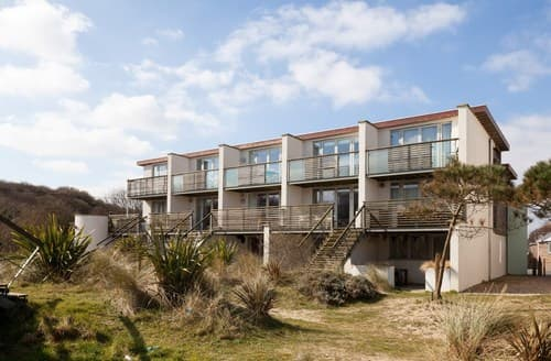Big Cottages - Delightful Camber House S72443