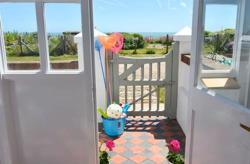 Big Cottages - Beautiful Pevensey Bay House S72445