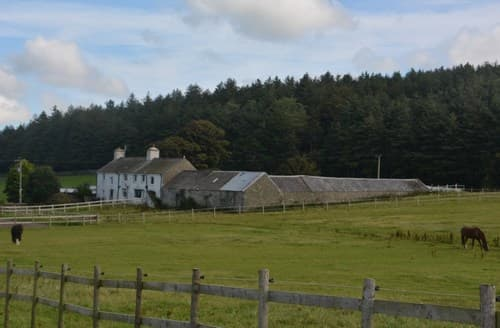 Big Cottages - Captivating Holyhead House S76852