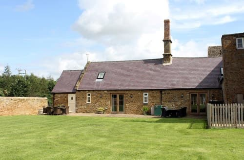 Big Cottages - Stunning Banbury Barn S77308