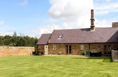 Big Cottages - Cosy Banbury Barn S77321
