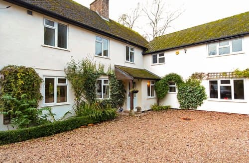Big Cottages - Inviting Moreton In Marsh House S77328