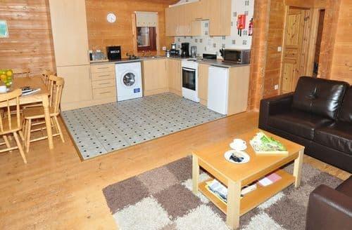 Last Minute Cottages - Tasteful Beauly Cottage S7166