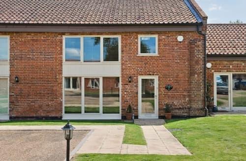 Last Minute Cottages - Lovely Wroxham Cottage S17734