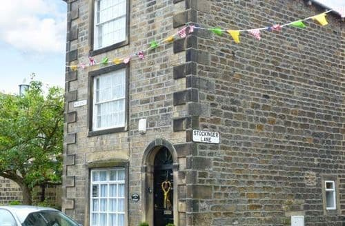 Last Minute Cottages - Wonderful Addingham Cottage S79270
