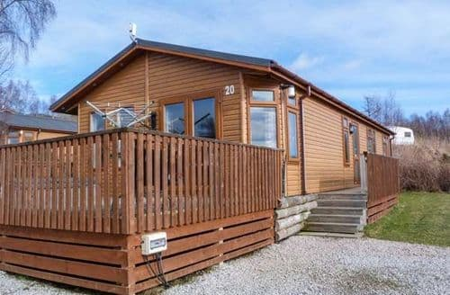 Last Minute Cottages - Stunning  Lodge S79393