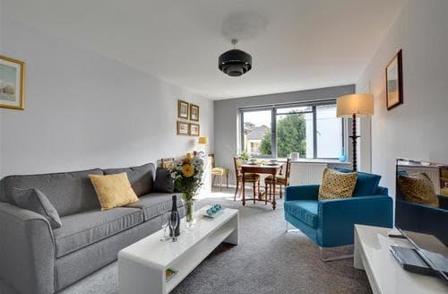 Last Minute Cottages - Tasteful Brighton Apartment S79555
