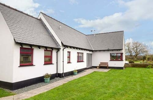 Last Minute Cottages - Attractive Roch Cottage S79729