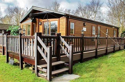 Last Minute Cottages - Wonderful Tattershall Lodge S79815