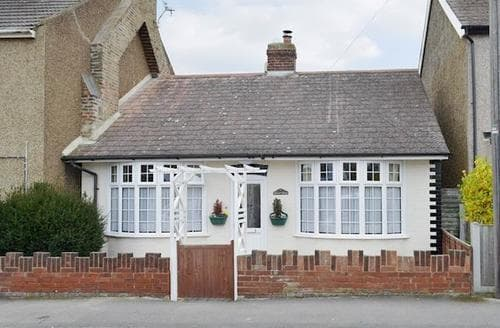 Last Minute Cottages - Adorable Whitstable Cottage S79973