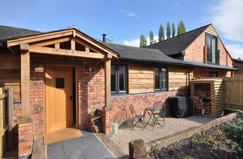 Last Minute Cottages - Lovely Solihull Barn S80243