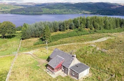 Last Minute Cottages - Luxury Lochgilphead Lodge S80272