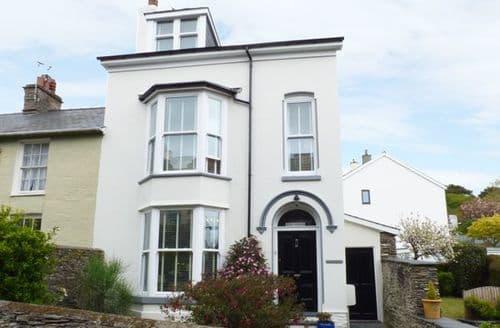 Big Cottages - Cosy Aberdovey Cottage S80446