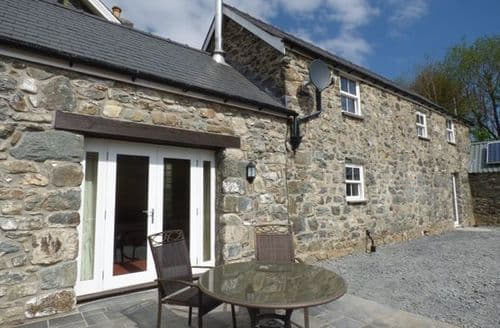 Last Minute Cottages - Superb Rhydymain Cottage S80621